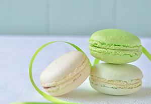 写真撮影用ボードの色目で雰囲気変化、お菓子を可愛く撮影「かわたゆか」さん